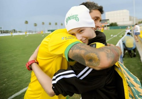 Cole being embraced by a Tampa Bay Rowdie player.  What a win-win.